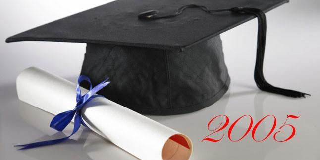 Pertevniyal Lisesi Yıllıklar 2005